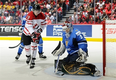 Canada, Finns go for gold game